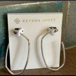 Kendra Scott hoops